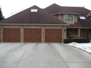 Ordinaire Providing Clopay Garage Door In Eagan Mn. Eagan Canyon Ridge