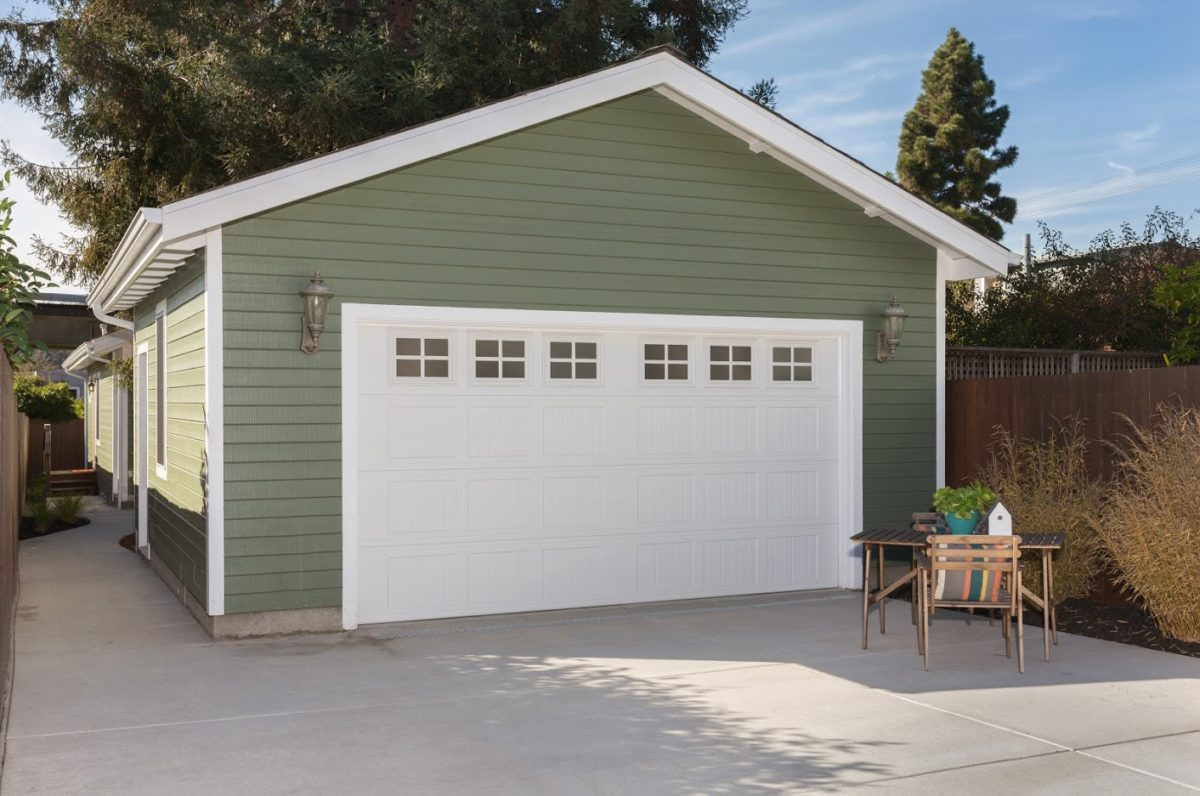 The Top Questions for First-Time Garage Door Buyers