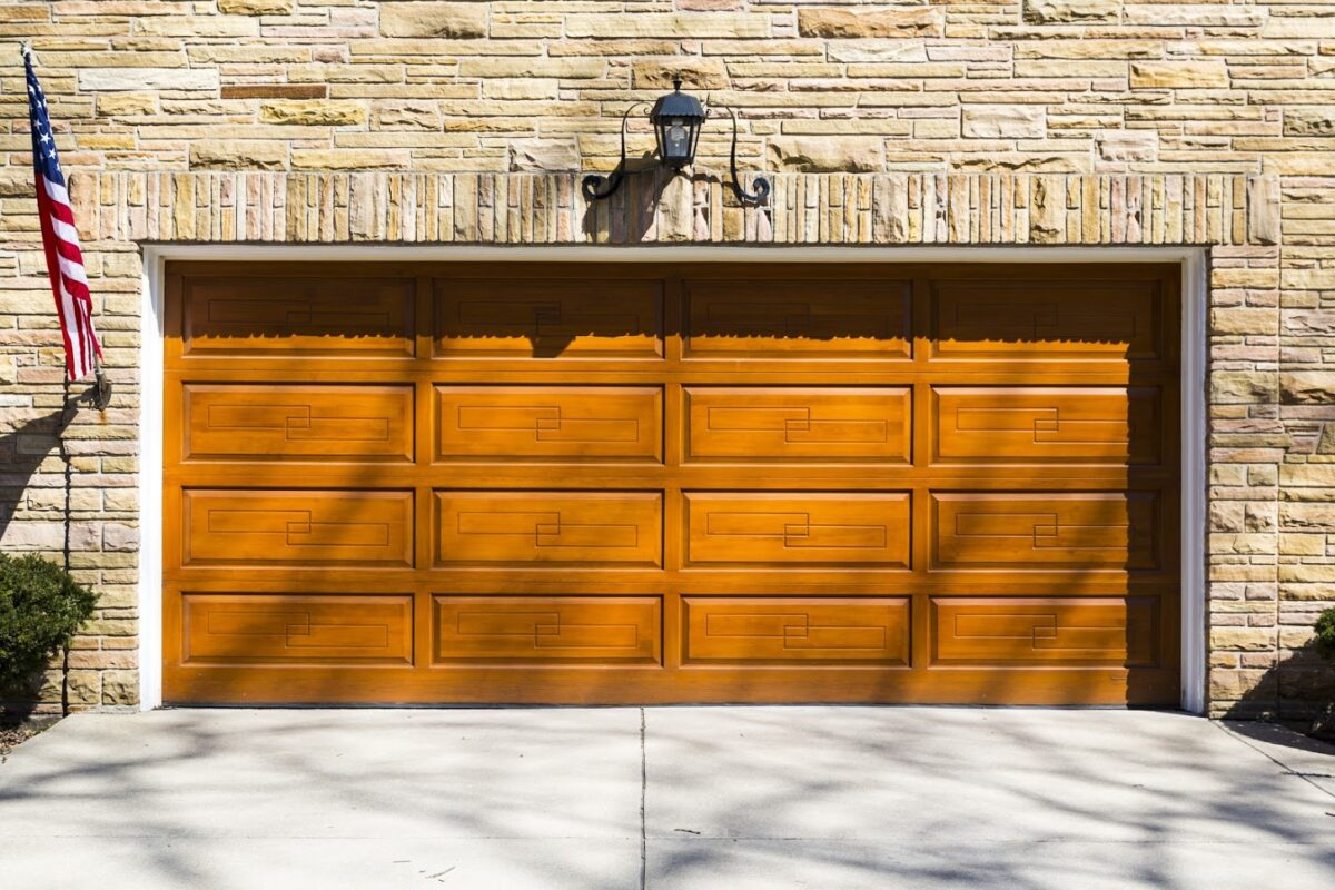 5 Aspects to Consider in a Garage Door Replacement